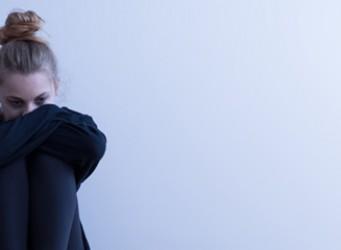 ¿Por qué las mujeres son más sensibles a la depresión?